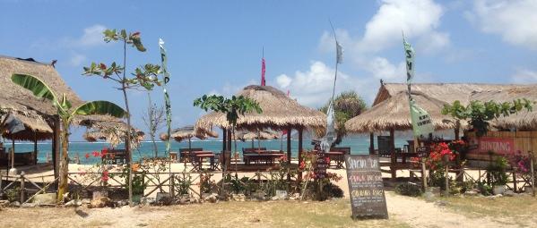 kuta lombok beach bar