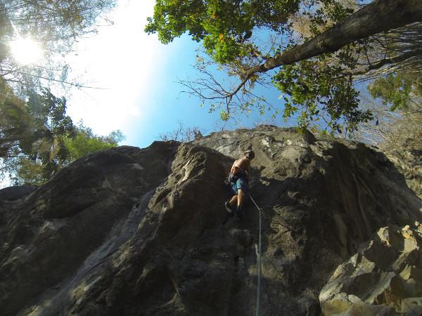 climbing-chiang-mai-crazy-horse